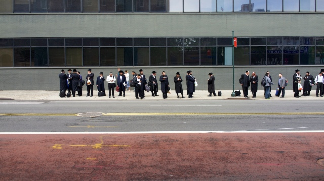 Usa, NYC: waiting for the bus